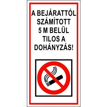 Bejárat 5 méteres körzetében tilos a dohányzás 04